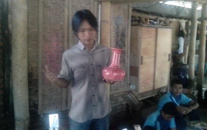 Anggota KIR Matsanida Kunjungi Desa Keramik Tradisional Melikan