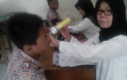 Periksa Kesehatan Kelas IX dari Puskesmas Pedan